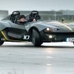 加速性能はF12ベルリネッタに匹敵!?最高出力350馬力、車重700kgの「ゼノス E10 R 」と...