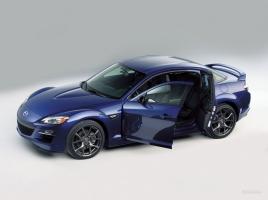 ランクルやRX-8、サンダーバード…観音開きドアの車をご紹介!