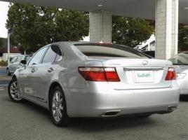 レクサス「LS」の新車と中古車を徹底比較!中古車を買うメリットは?