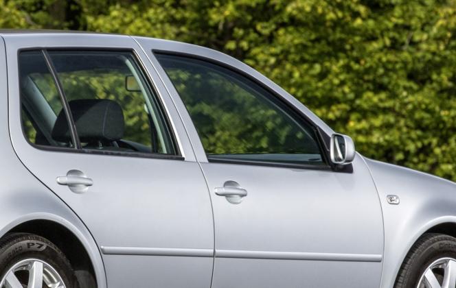 サイドガラス VW