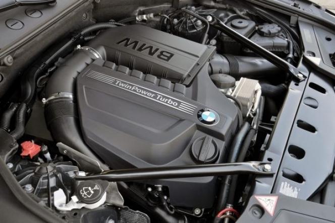 BMW bmw 5シリーズ 530i 燃費 : car-me.jp