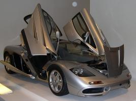 1億円が12億円に化ける車!投資としてクルマを買う