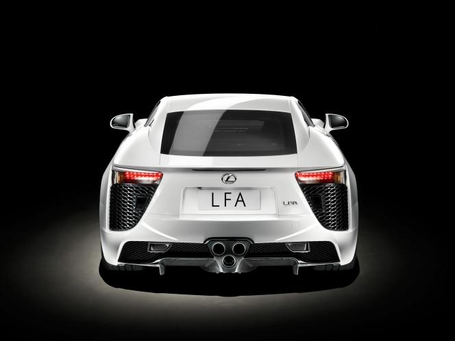 レクサス LFA 2012