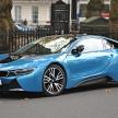 なにこれ、SF映画の車?いいえ、BMW i8です。