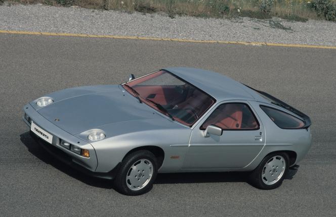 ポルシェ 928 S