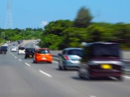 """""""軽で高速道路はしんどい""""は昔のはなし。楽になったそのワケとは?"""