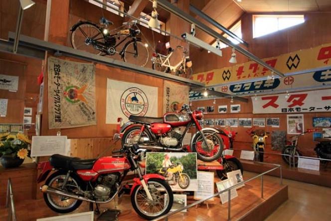 浅間記念館 (バイク博物館)