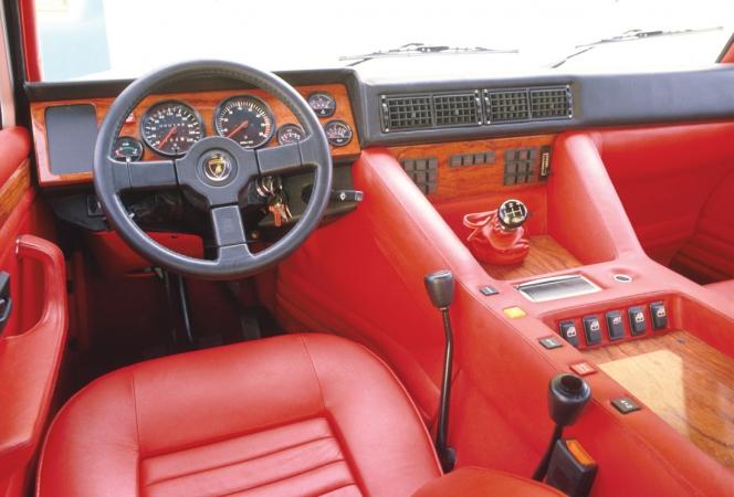 Lamborghini LM 002 1986年モデル インテリア