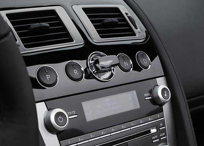 アストンマーティン DB9 ボタン式