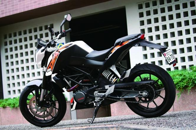 アヘッド KTM 200 DUKE