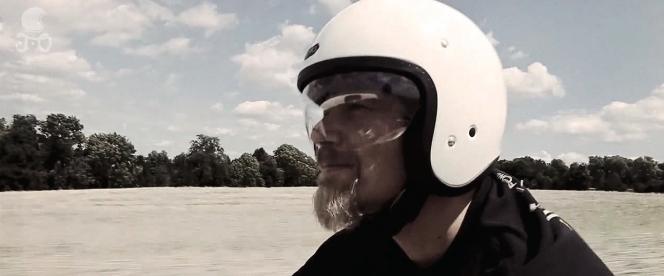アヘッド ヘルメット