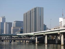 なぜ、日本の高速料金は世界一高いのか?