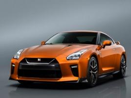 日産GT-Rのデザインは、ガンダムの影響を受けている?!