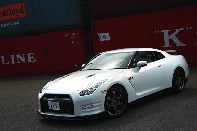 アヘッド 日産GT-R