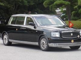 天皇陛下が乗る車、センチュリー ロイヤルってどんな車??