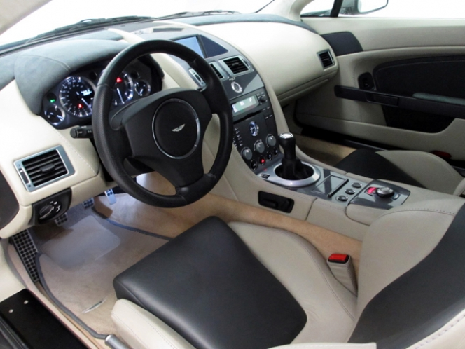 AstonMartin V8 Vantage