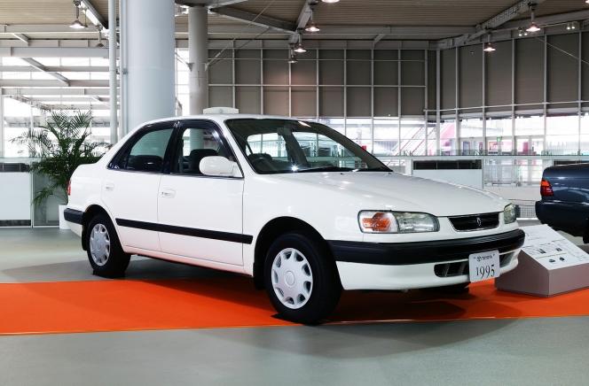 トヨタ カローラ 8代目