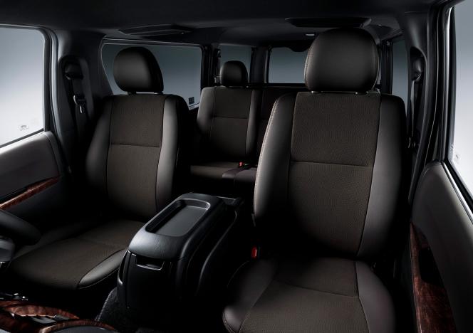 トヨタ ハイエース 特別仕様車 2018