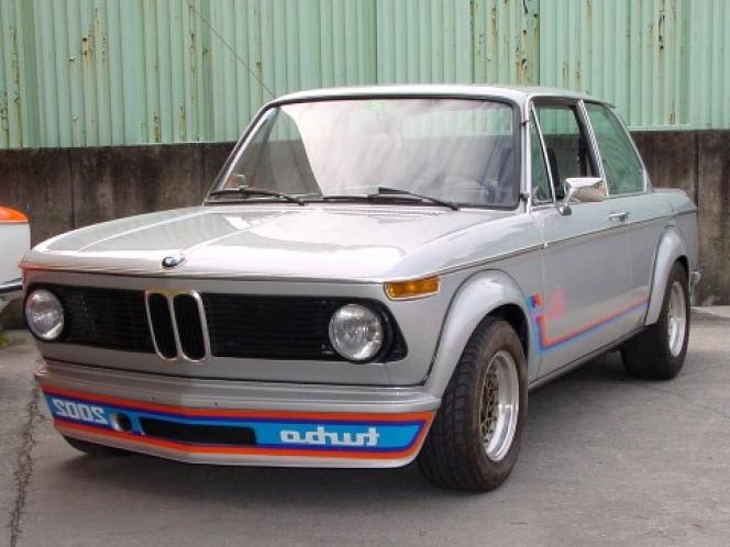 BMW 2002TURBO