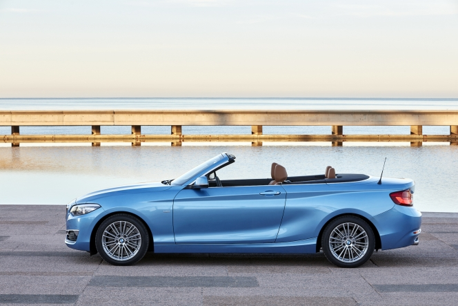 BMW 2シリーズ カブリオレ 2017