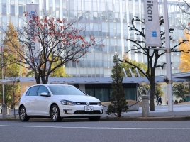 """【恐妻家コージの""""車選び""""奮戦記】Case.1 VW e-Golfの場合"""