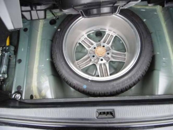 車両装着タイヤ