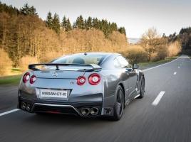 R32 GT-R、スープラなど…2万円程度で乗れるって知ってましたか?