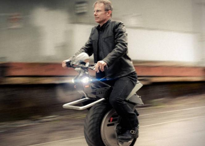 電動一輪バイク「RYNO」