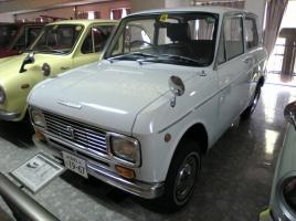 何故、最近の日本車ってヘッドライトがツリ目デザインばかりなの?