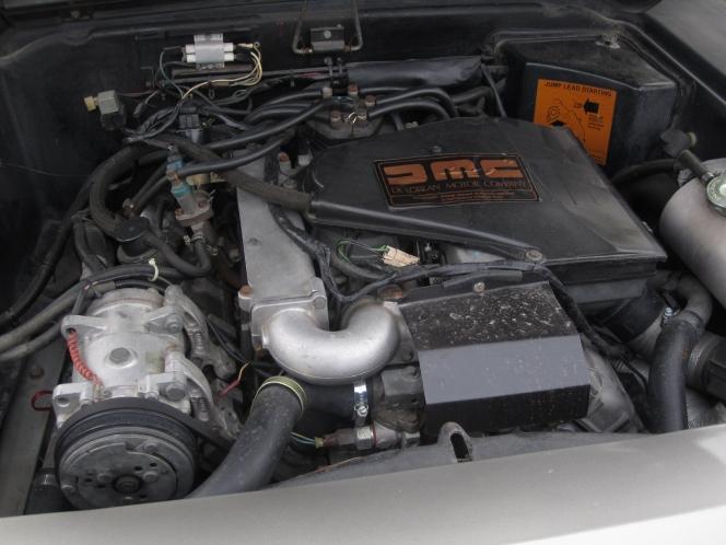 デロリアン・DMC-12 エンジン