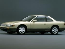 【完全版】シルビアS13/S14/S15の中古価格まとめ!まだまだ現役な名車達