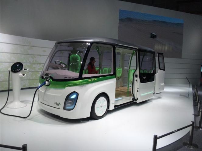 日野自動車 バス