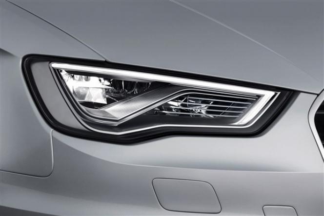 2014 Audi A3 Sportb headlight