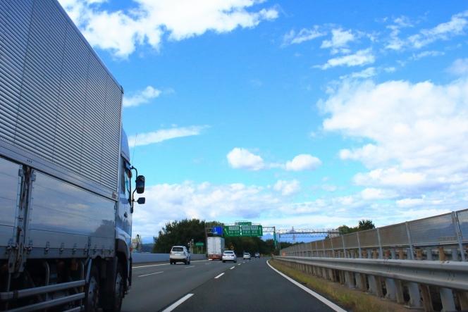 高速道路 追越車線