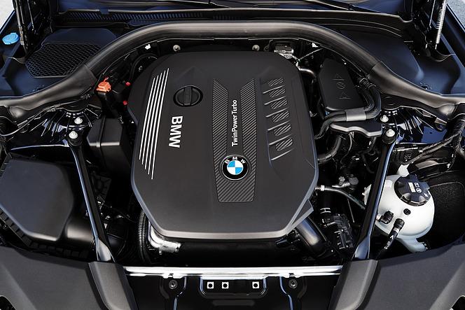 直列6気筒エンジン BMW 5シリーズ