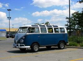 新車の発表の噂あり!?人気すぎて入手困難のワーゲンバスとはどんな車?燃費や中古車市場について