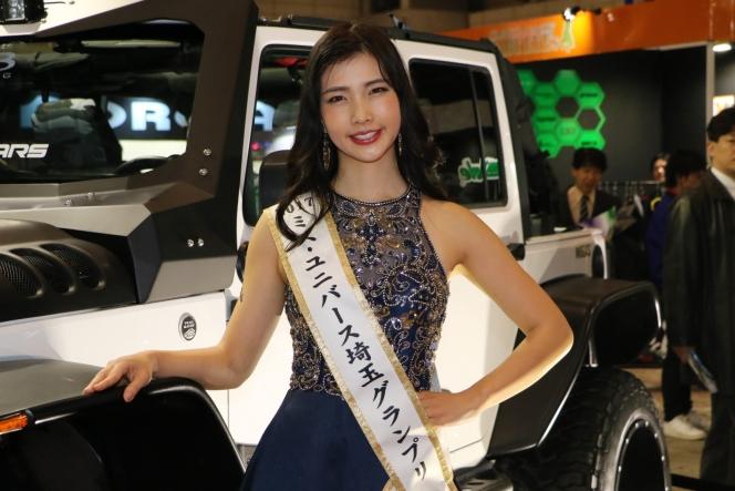 2018年 東京オートサロン コンパニオン