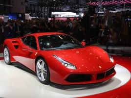 フェラーリ 488GTBとはどんな車?スペックや中古価格について