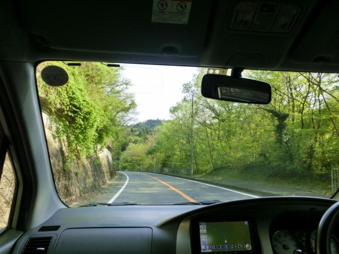 山道 ドライブ 運転