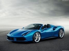 0-100Kmの加速はわずか3秒!670馬力の最強のフェラーリ「488 スパイダー」が登場…その実力とは?