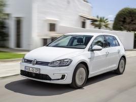 VWからも100%EV車誕生!日産 リーフとどっちがいいか?
