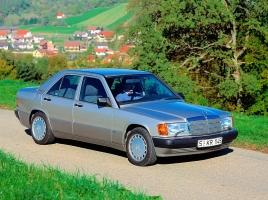 ポルシェ959、メルセデス190Eなど。バブル期にカーマニアを熱くさせた輸入車6選