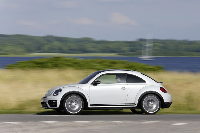 VW ビートル 2016