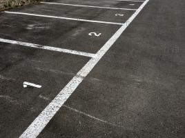 港区でも月3万円!? 月極の駐車場代を安く抑える方法