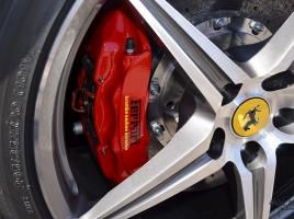 最高級ブレーキのブレンボは何がどう他メーカーと違うのか?