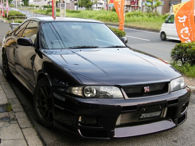 日産 スカイライン GT-R 1995