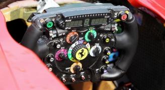 フェラーリ F1 ハンドル