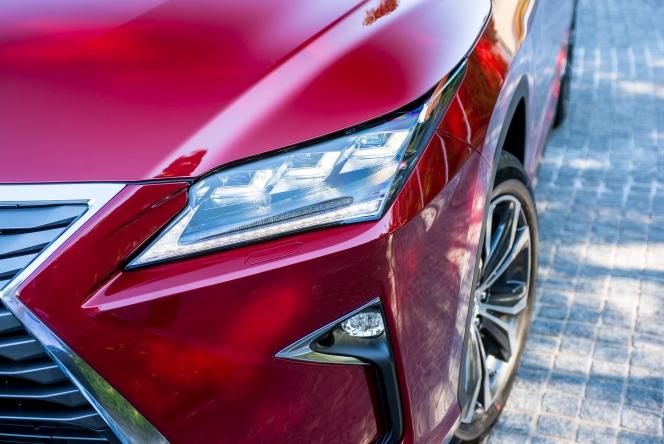 2015 Lexus RX450h version L