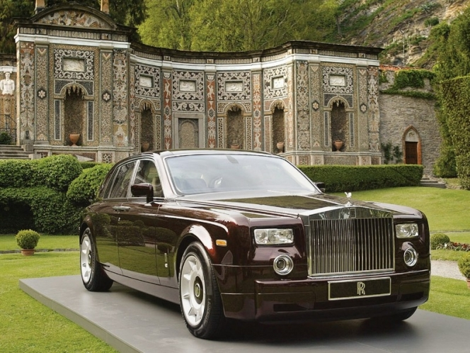 ROLLS-ROYCE phantom,