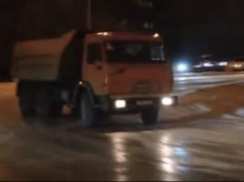 F1ドライバーより上?トラック運転手の超絶テクニック!【動画】